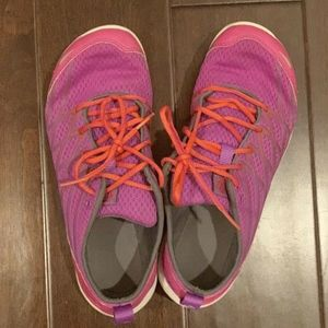 Women's Merrell Tennis Shoes Size 8